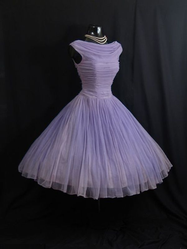 23 best retro images on Pinterest | 1950s dresses, Party dresses and ...