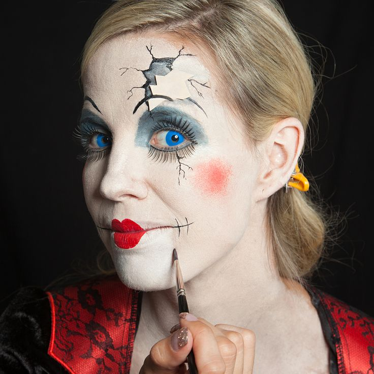 83 best Porcelain Marionettes images on Pinterest | Halloween ...