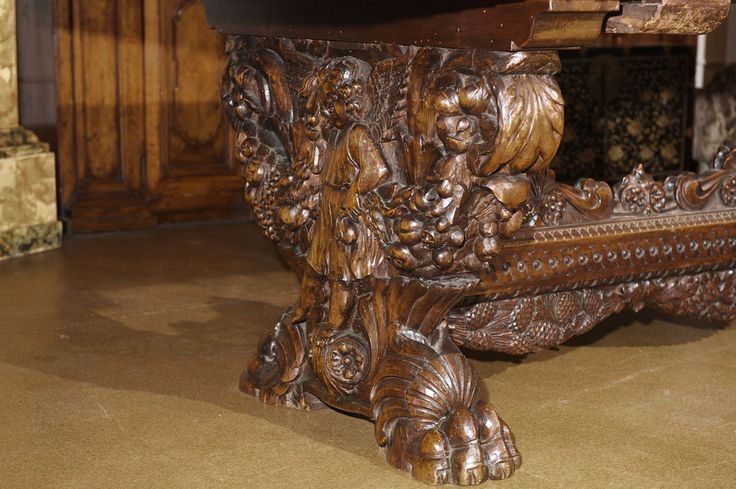 ~ Late 18th Century Italian Walnut Fratino Dining Table ~ 1stdibs.com