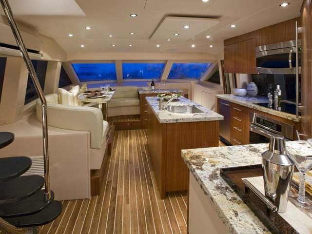 Galley 2009 Hatteras 60