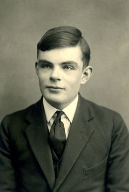 AFP | 同性愛の英数学者チューリングに死後恩赦、「現代計算機科学の父」