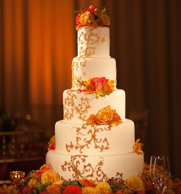 Fall Floral Cake  |  Photograph by: Ira Lippke Photography