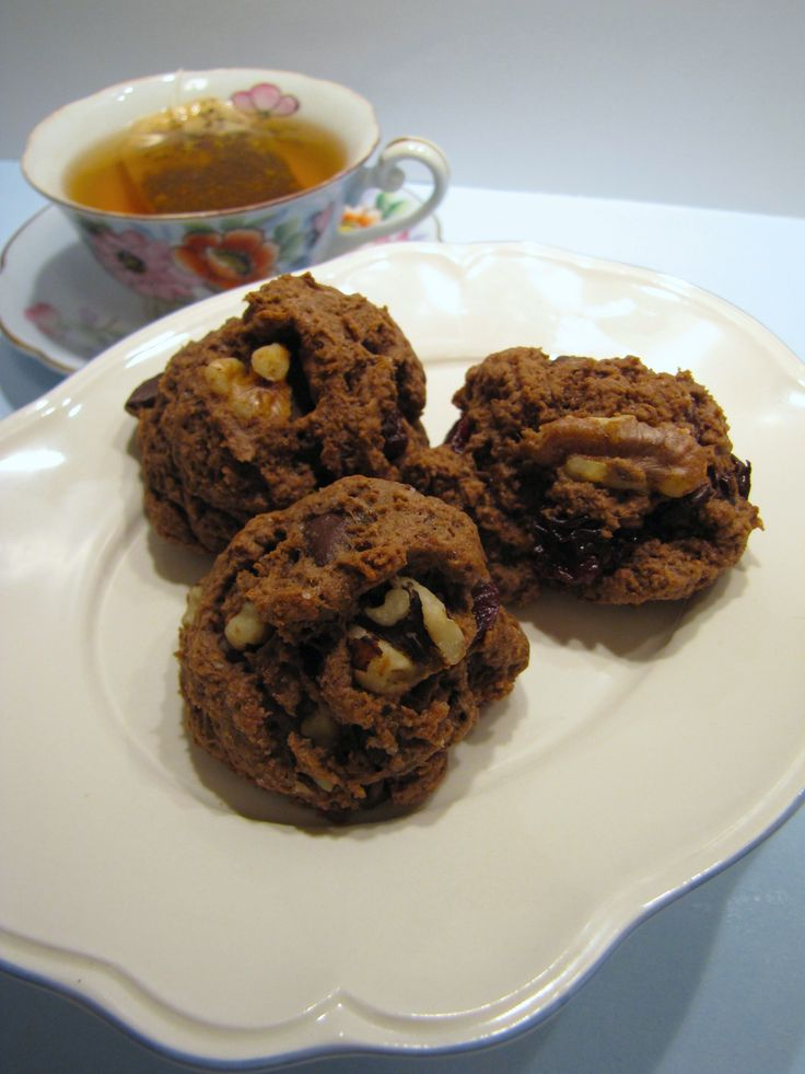 Rock cakes, the apparent old school cookie that's good with tea, but not cool enough to be enjoyed at high tea any more. Bringing them back.