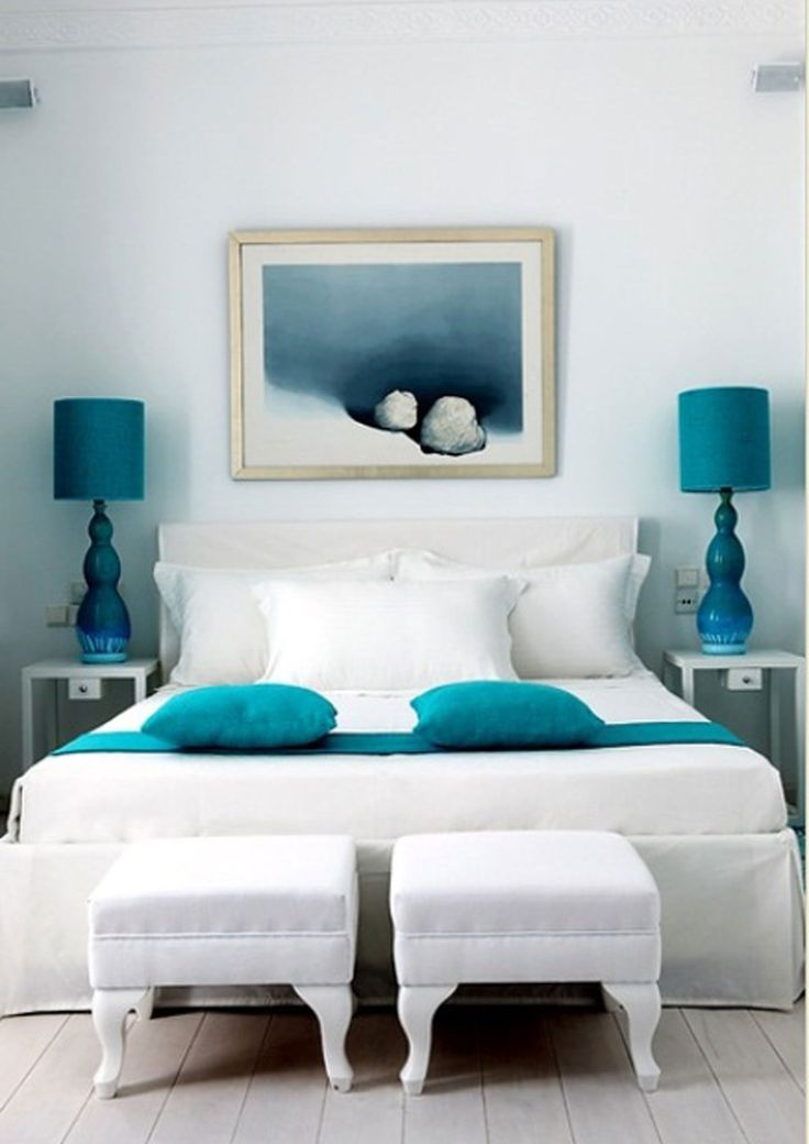 Знаете, что чаще всего напоминает нам о море? Бирюзовый цвет, который сочетает в себя светлые, чистые цвета и оттенки океана! Этот цвет создаст в вашей спа