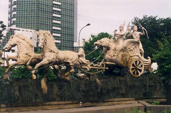 Statue of Krishna driving Arjuna's chariot, from Jakarta, Indonesia.