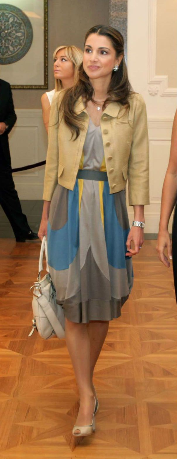 Colour combination, and the fitted jacket with the dress, with neutral heels.
