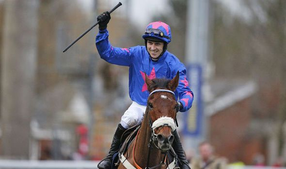 Cheltenham Festival 2017: Cue Card and Paddy Brennan bidding for redemption in Gold Cup - https://newsexplored.co.uk/cheltenham-festival-2017-cue-card-and-paddy-brennan-bidding-for-redemption-in-gold-cup/