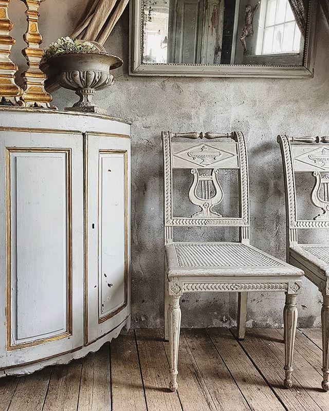 Les Suzannes Rouen Lessuzannes Photos Et Videos Instagram Furniture Gustavian Furniture Scandinavian Furniture