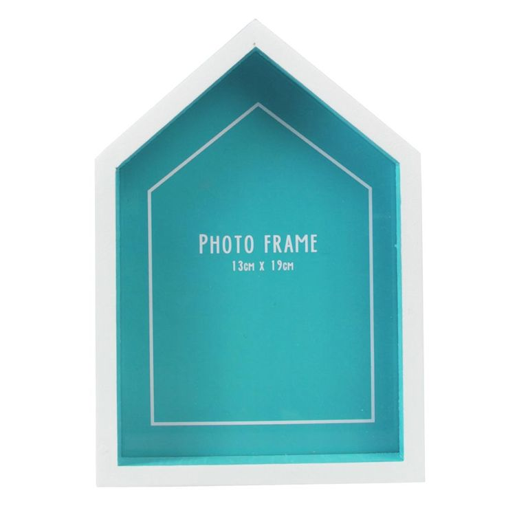 If you're getting married at a seaside wedding venue or are planning a day with a beach wedding theme, these cute beach hut photo frames from the dotcomgiftshop are perfect as table number holders or dotted around the venue displaying pictures of you both.