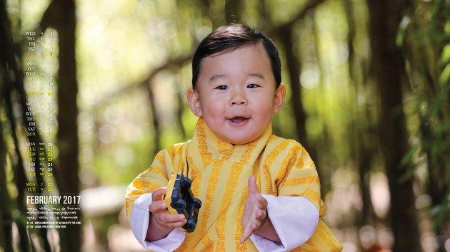 ブータンの王子様が1歳になるよ。笑顔が「あなたのハートを溶かします」(画像集)