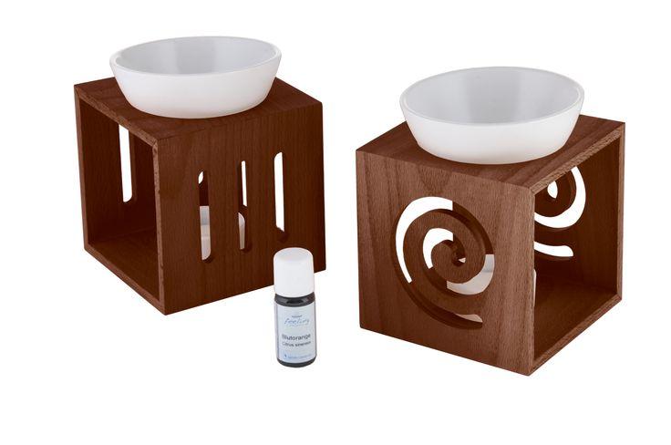 Die neue feeling Aromalampe aus heimischem Buchenholz ist edel und formschön, bietet in der großen Keramikschale Platz für viel Wasser und passt mit den verschiedenen Farben und Designs in jeden Wohnbereich.