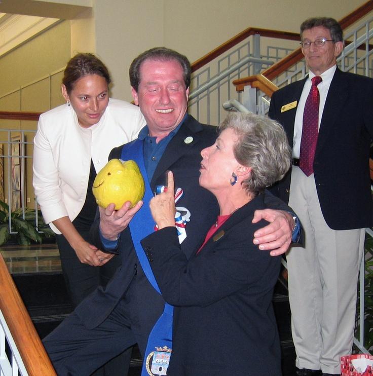 Florida Lemon from home of Linda Rosenbluth presented to Treviso Provincial President Leonardo Muraro in February 2007