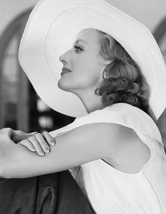Joan Crawford photographed at her home, 1933 Beautiful profile of her,
