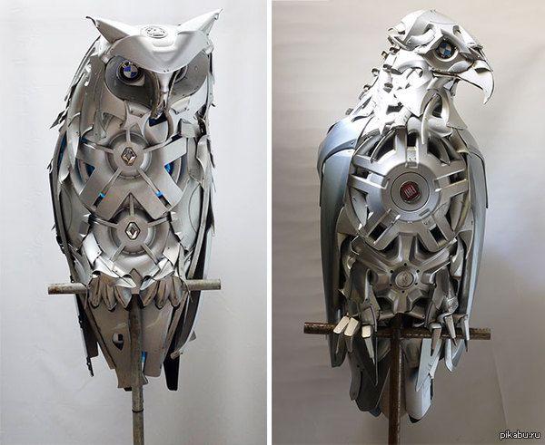Птицы из автомобильных колпаков на колеса. источник: http://hubcapcreatures.deviantart.com/gallery/  Искусство, птицы, колпаки, машина
