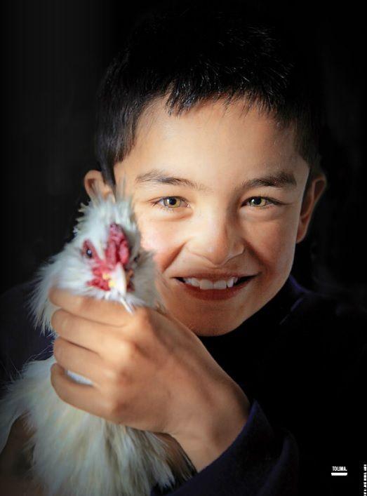 Little boy from Tolima, Colombia. De mi tierra linda; sonrisas que me llenan el alma.  Tomada de: Revista Semana