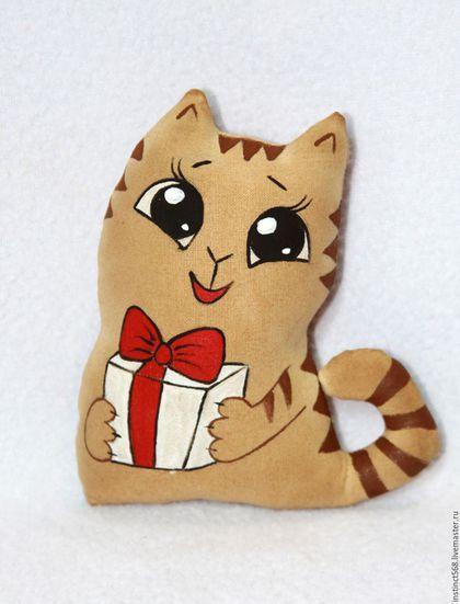 Купить или заказать Кот Персик в интернет-магазине на Ярмарке Мастеров. Игрушки окрашены кофе и ароматизированы корицей и ванилью Цена за…