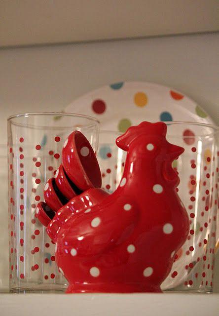 Sweet red measuring spoon set.