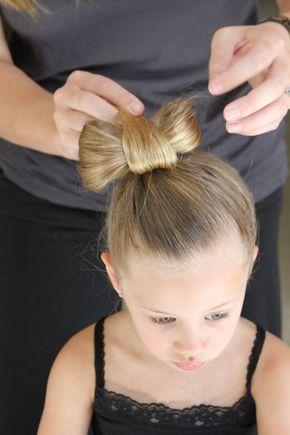 Altijd leuk: een mooie vlecht of ander kunstwerk in het haar van je dochter. Maar ja, hoe je maak je dat? En niet onbelangrijk: hoe zorg je ervoor dat je er g...