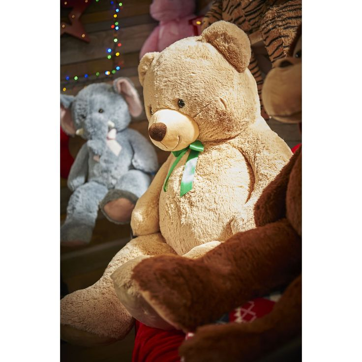 Bailey The Massive Bear makes a great gift for those who love cuddling #Christmas #Gift #Bear #Plush #Toy #Kids #GiftIdeas