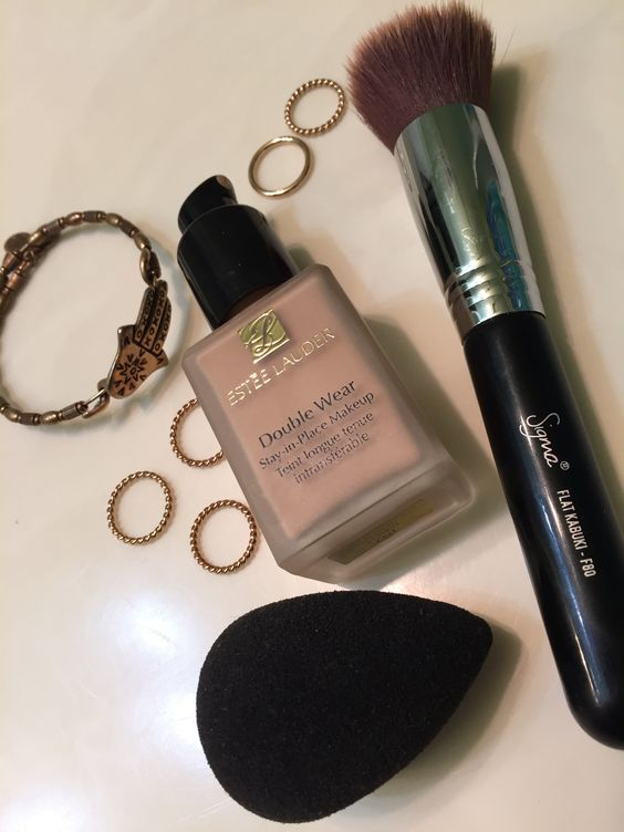 Getting A Pump For Your Estee Lauder Double Wear Foundation