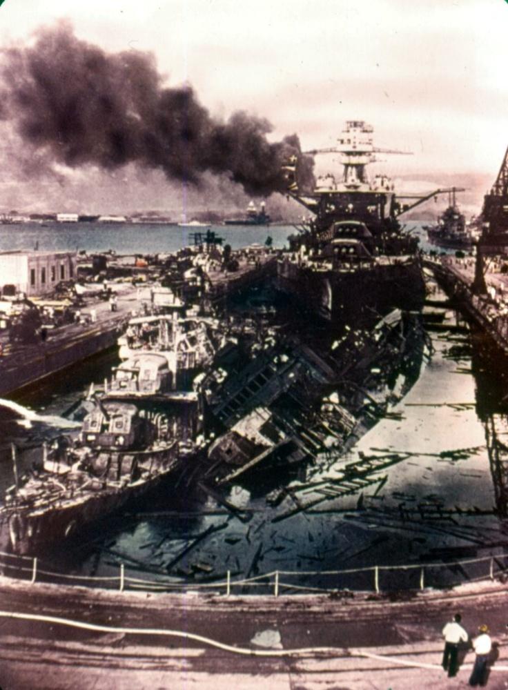 USS Downes DD-375 (left) USS Cassin DD-372 (leaning against Downes) and USS Pennsylvania BB-38. 07 Dec 1941 Pearl Harbor  #WW2