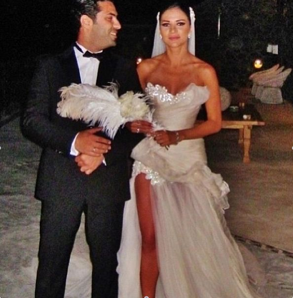 Light Wedding Dresses For Abroad: Love The Tour And Mix Of Bling ... Little Too Sexy But