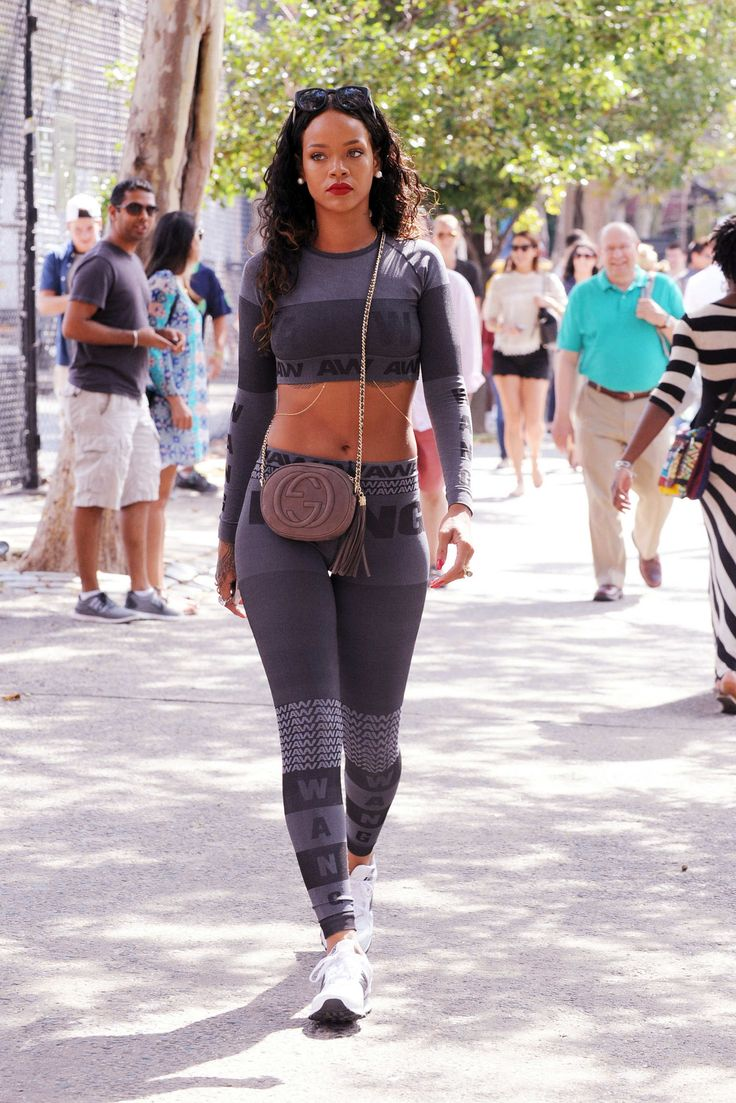still in tights or in jogging wear but still got swag!!!!!!!!!!!! work it Rihanna.................