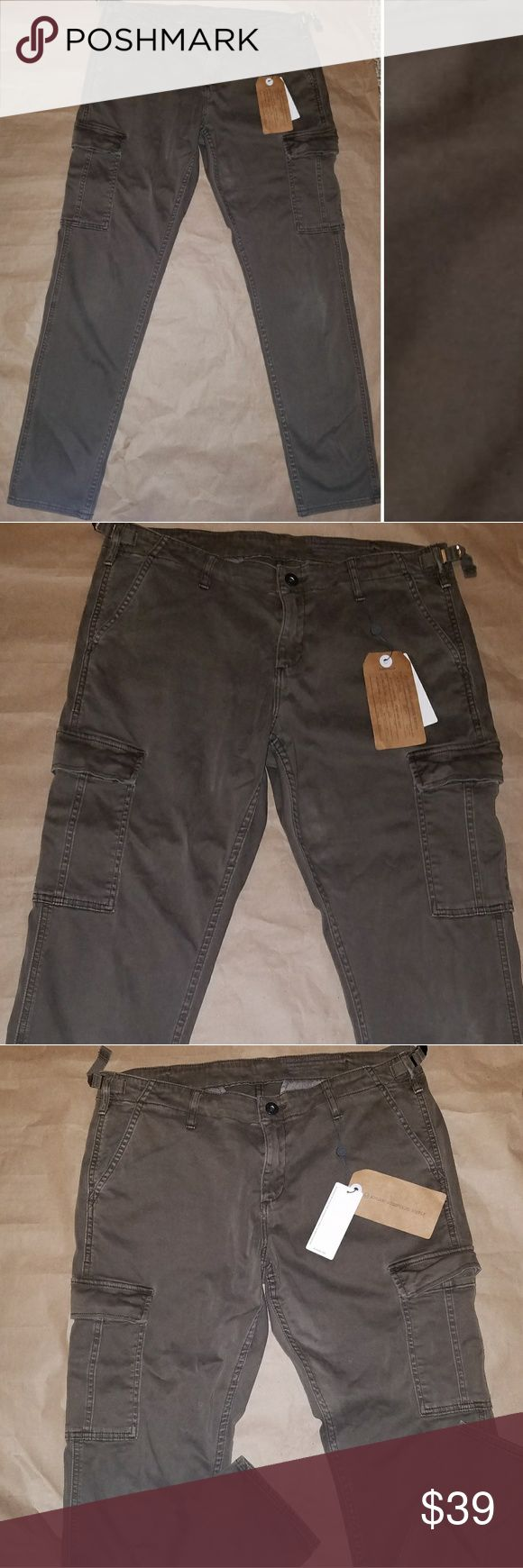 AG Adriano Goldschmied womens Cargo AG Adriano Goldschmied OD Green Cargo Pants size 32 Ag Adriano Goldschmied Pants Ankle & Cropped