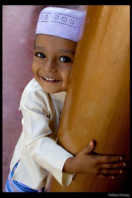 images about              Sri Lanka on Pinterest   Buddhists     Little Muslim boy  Kalmunai  Ampara  Sri Lanka