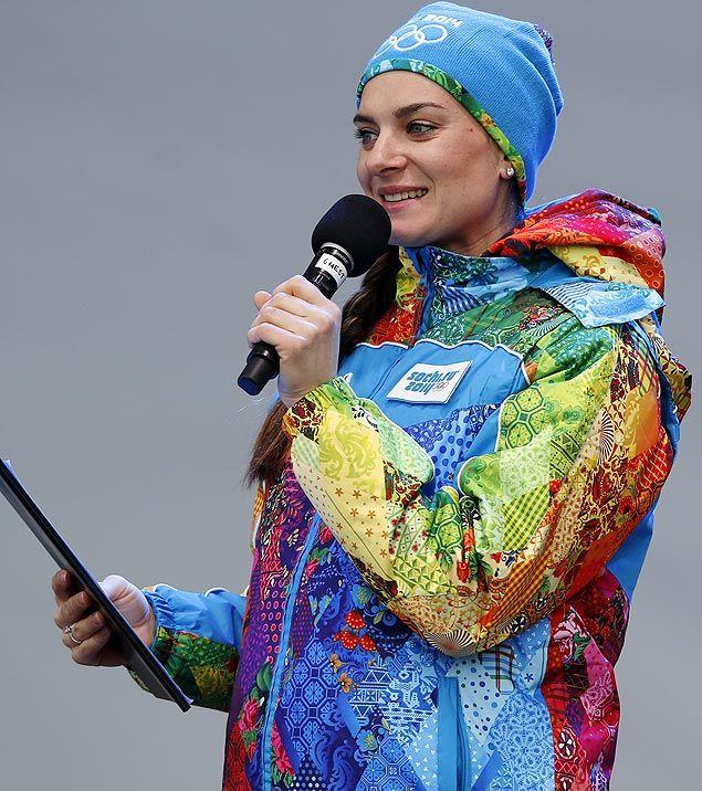 2014 Tricampeã mundial e bi olímpica, a russa Ielena Isinbaieva discursa durante os Jogos Olímpicos de inverno, em Sochi, na Rússia