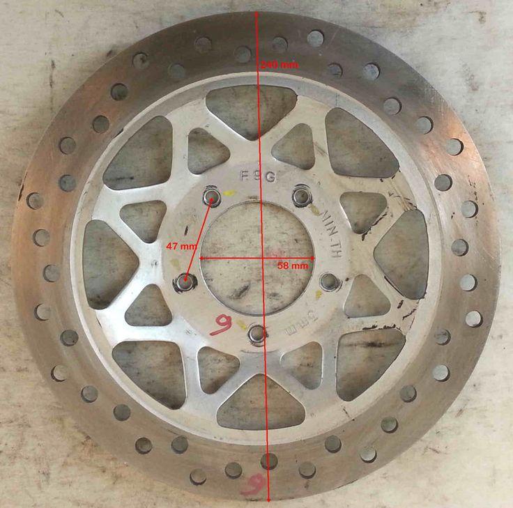 DISCO FRENO D.est.240 D.int.58 sp.4 mm distanza viti 47 mm NUOVO