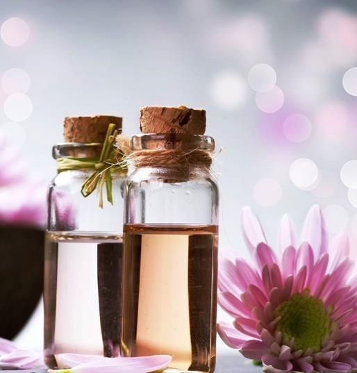 Oli essenziali: le miscele più efficaci per combattere insonnia, mal di testa e sinusite