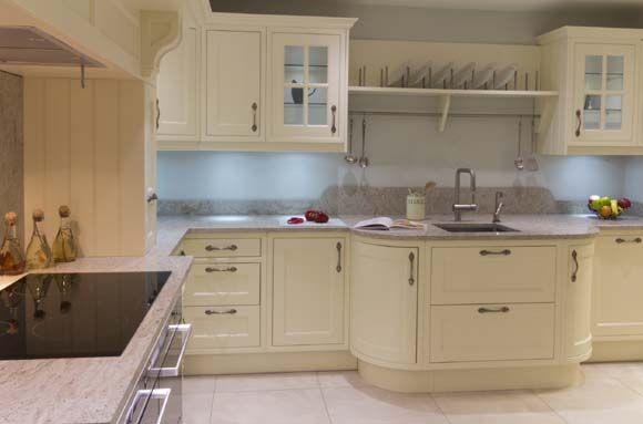 A resistência do porcelanato combina com a cozinha (Foto: Shutterstock)
