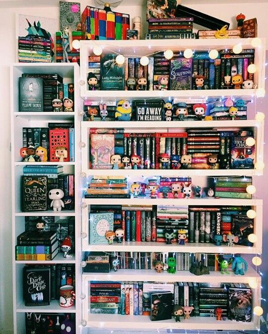 ✨ Pinterest // all those books and pop things! Love it!!!