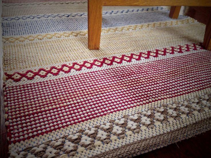 Rosepath rag rug. Karen Isenhower Lovely rugs and great method for the hems