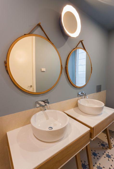 Bathroom for two