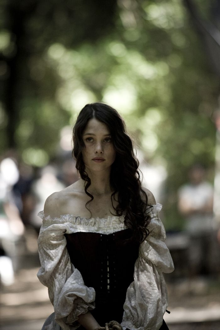 Astrid Berges Frisbey As Tessa Gray Find This Pin And More