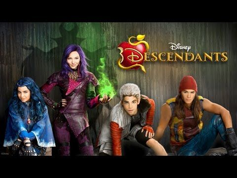 """Here's The First Look At Your Favorite Disney Characters' Spawn In """"Descendants"""""""
