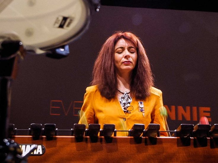 In this soaring demonstration, deaf percussionist Evelyn Glennie illustrates how listening to music involves much more than simply letting sound waves hit your eardrums.