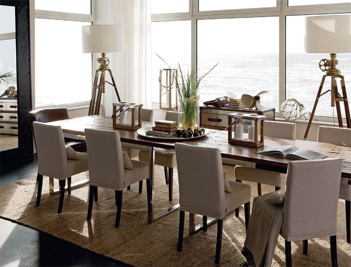 Love the classic nautical details coastal rooms by