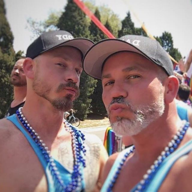 TBT... fun times celebrating with my beautiful BF @paperbadger007 🐺❤️🦊! I'm very lucky to have him at my side 😍😍. #tbt #daddies #silverbeard #bearded #pride #beautifulbadger
