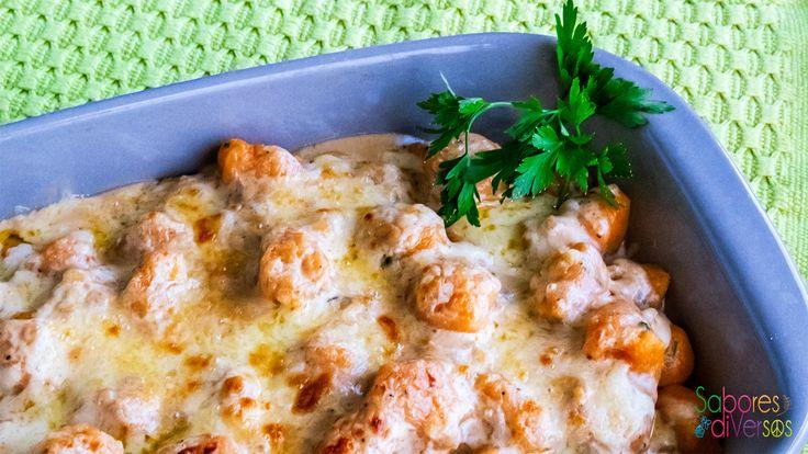 Nhoque de batata e abóbora ao molho de gorgonzola e cebola caramelada – Sabores DiVersos