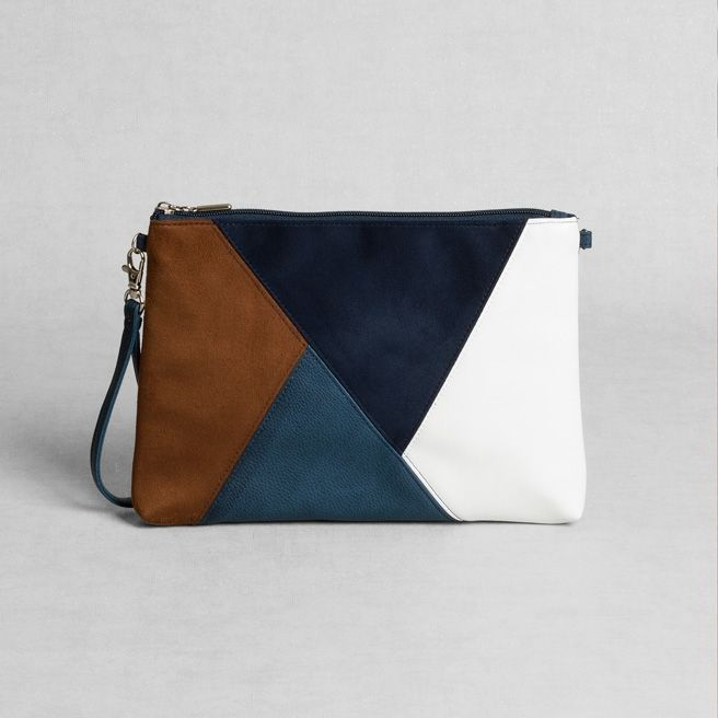 Petit Sesame | Karlie clutch bag | Designed by Petit sesame | 19.00€ | Leatherette clutch bag patchwork textured in the front, featuring a side strap and an interior pocket.