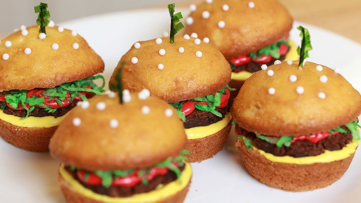 HOW TO MAKE CHEESEBURGER CUPCAKES - NERDY NUMMIES