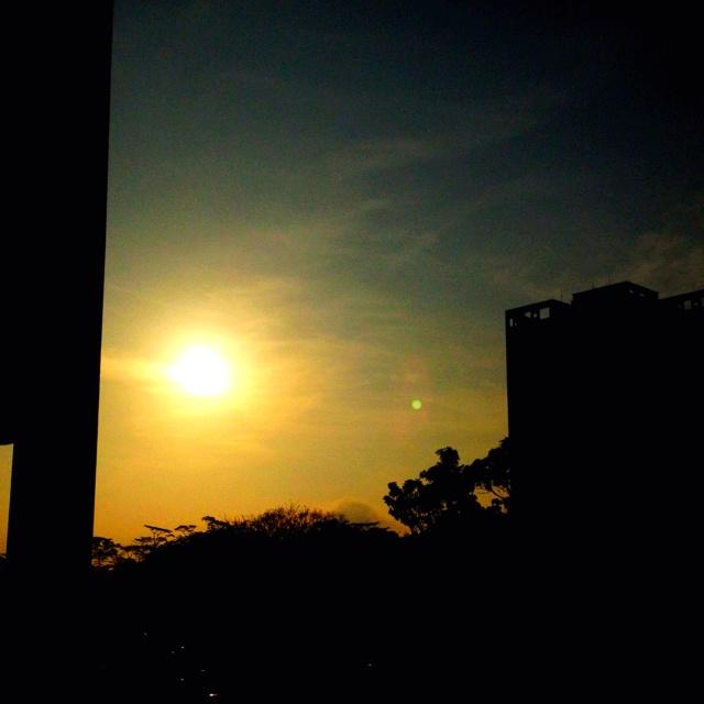Sunrise 16 Jan 2012 Singapre