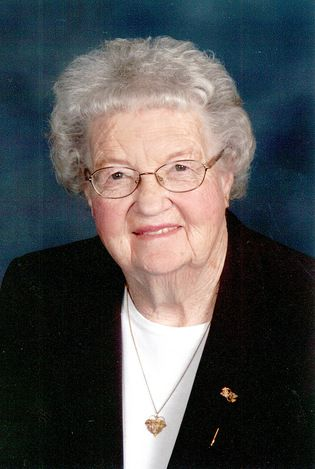 Harriet Meyerink, 87, of Platte, SD passed away Saturday, May 27, 2017 at Platte Care Center Avera. Funeral Services are 10:30 A.M. Thursday, June 1, 2017 at Platte Christian Reformed Church. A Committal Service will follow at Platte City Cemetery. Visitation will be held at the church from 5:00 – 7:00 P.M. Wednesday, May 31, 2017 with a 7:00 P.M. Prayer Service.  Harriet (Veurink) Meyerink was born on November 5, 1929 to Gerrit and Elizabeth (Vander Tuin) Veurink on the family farm in…