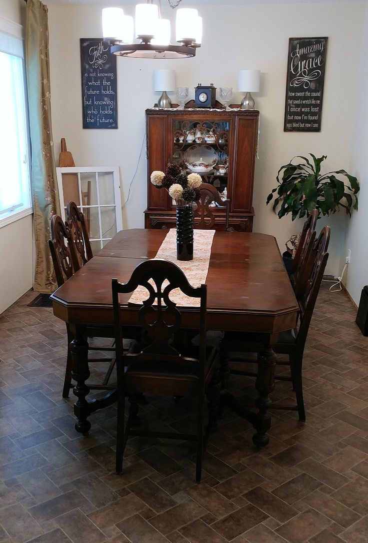 Antique Dining Room Set FOR SALE
