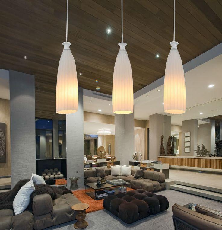 Hotelowe lobby? Przestronny salon? Z lampą Zuma Line Rocky prezentuje się bardzo dobrze.
