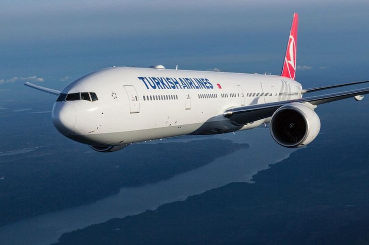"Instagram'da @_airplane1: ""Turkish Airlines Boeing B777-300ER @turkishairlines #air #airport #Airplane #Airlines #turkishAirlines #Turkey #flight #pilot #Boeing #b777 #airbusboeingaviation #boeinglovers #airways #plane #istanbul #aviation #avgeek"""