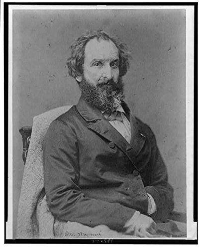 Edward Maynard (26 abril 1813 - 4  mayo 1891). 1831 ingresa en West Point, abandonó por salud. En 1835 es dentista, uno de los más reconocidos de EEUU. En 1845 patentó un sistema de cebado que encendía el fulminante en las armas de percusión. En 1851 un rifle de retrocarga, operado por palanca, que permitía el uso de cartuchos metálicos de su creación.  En 1857, fundó la Maynard Arms Company y comenzó la fabricación de su rifle para uso civil y militar. Utilizado en la Guerra de Secesión.